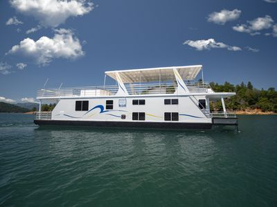 Photo for Shasta Marina at Packers Bay's Sumerset Houseboat.