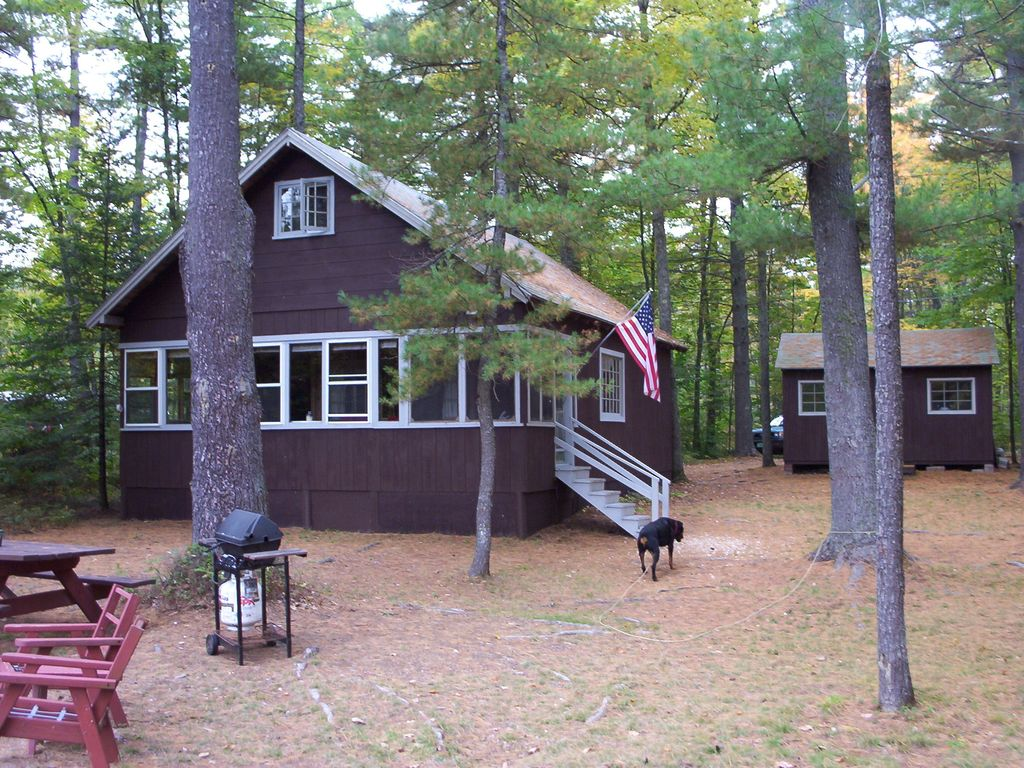 relax and recharge classic family owned cottage sebago lake area rh rentbyowner com little sebago lake cottage rentals sebago lake me cabin rentals