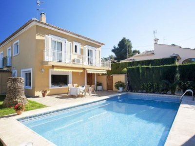 Photo for Spacious Villa Adsubia apartment in Jávea with WiFi, integrated air conditioning, private parking, …