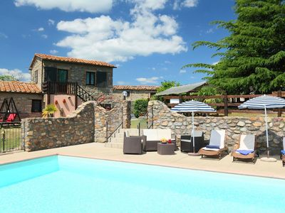 Photo for Wonderful private villa for 6 guests with WIFI, private pool, TV and parking