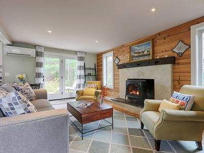 Photo for TUCKED AWAY: COZY TWO BEDROOM, WALK TO TOWN
