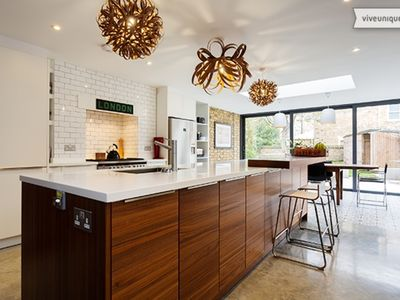 Photo for A handsome 4 bed home with a lovely garden in stunning Richmond (Veeve)