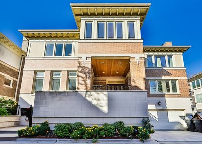 Photo for Luxury Home in Chicago's South Loop