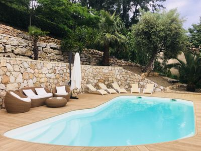 Photo for Cozy villa with lovely sea view and pool immersed among olive trees