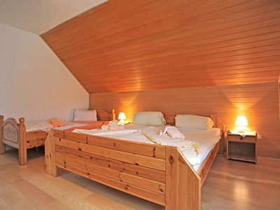 Photo for First floor upstairs / 2 bedrooms / shower, WC - Haus Göhringer