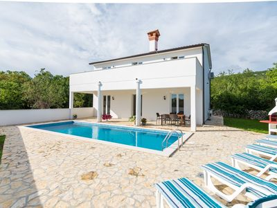 Photo for Villa in a unique quiet location, great sea views, private pool, 7 + 1