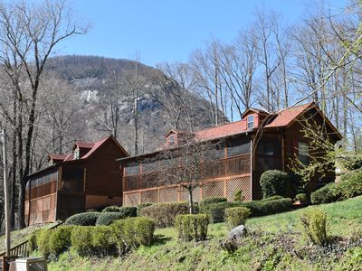 Photo for Awesome Location! ! Four Seasons Cottages and Cabins