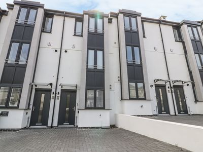 Photo for 9 Ocean Heights, NEWQUAY