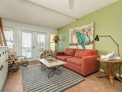 Photo for Charming, dog-friendly condo on Seawall w/ shared pool!