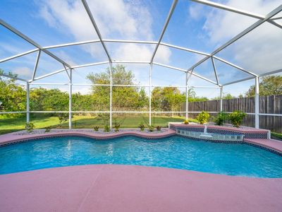Photo for The Happy Place - 3BR Pool Home,NetFlix, Apple TV, WIFI, CLEAN! Close to Disney
