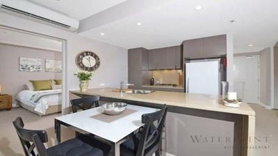 Photo for Australia Towers 5.13 // 2 Bed 2 Bath Modern Apartment with Balcony