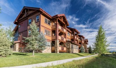 Photo for Steamboat Dream Vacation-First Tracks Retreat