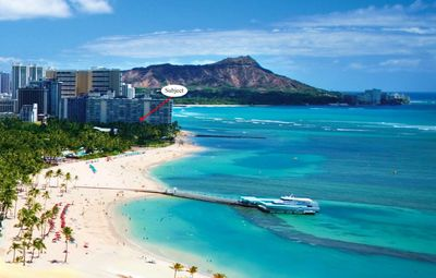 Photo for Oceanfront Waikiki condo with Pool & Hot Tubs access WIFI A/C Kitchen, King Bed