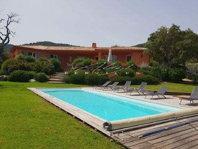 Photo for Villa 190 m2, 5 bedrooms, air conditioning, heated pool, garden 2850 m2, 2 minutes from Pinarello.
