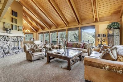 Living room with stunning views of Aspen Mountain and Aspen