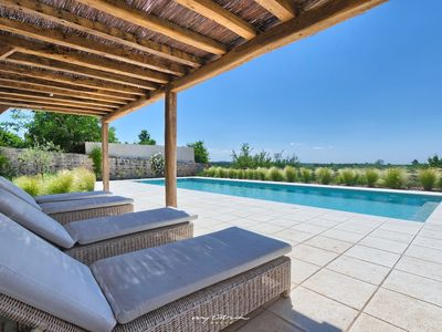 Photo for Luxuriously renovated old stone estate near Porec