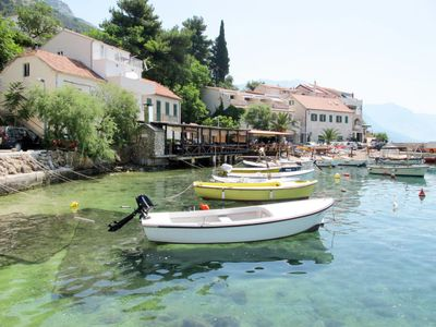 Photo for Apartment Leut (OMI111) in Omis - 6 persons, 3 bedrooms