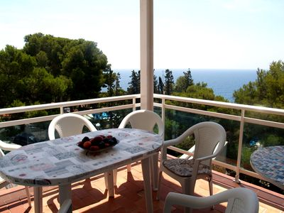 Photo for Cozy family apartment in picturesque area of Cap Salou