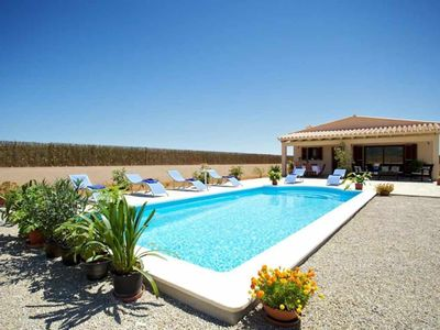 Photo for Nice modern country house with pool for 6 + 1 people