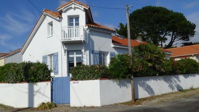 Photo for Pornic House T2 aucalme, small sea view, near beach and spa