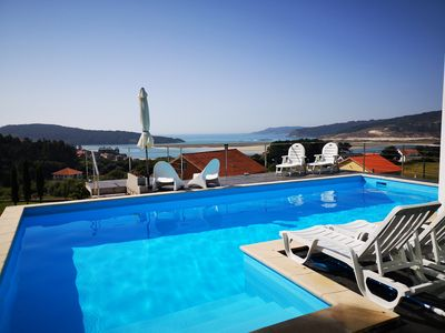 Photo for Villa with pool and sea views