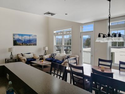Luxury Vacation Townhome in Exclusive Owls Nest Resort, Thornton , NH 03285