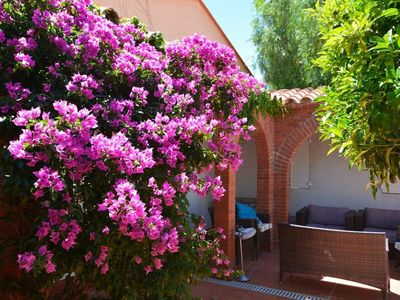 Photo for Andalusian House - 2 min walk to beach - 3 parking