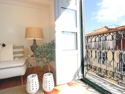 Photo for Great apt with AC, for up to 3 persons in a historic atmosphere at prime location