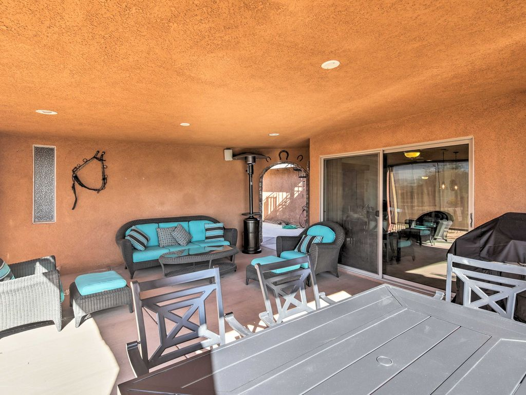 NEW! 4BR Lake Havasu Home w/Pool & Hot Tub!