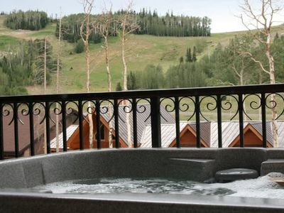 Photo for Black Diamond Luxury with Spa and Family Gameroom. Ski In/Ski Out