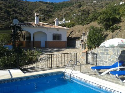 Photo for Nice house surrounded by nature with spectacular views. Private pool