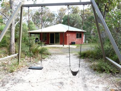 Photo for Spacious fully self contained two bedroom chalet, nestled in the bush