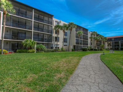 Photo for Longboat Key 43 in Longboat Key. Looking for a stunning vacation getaway, then look no further!