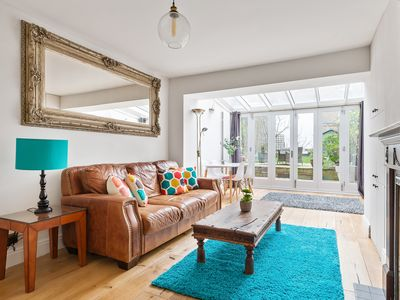 Photo for 2 Bed, 2 Bath Period flat w/Garden in Holland Park