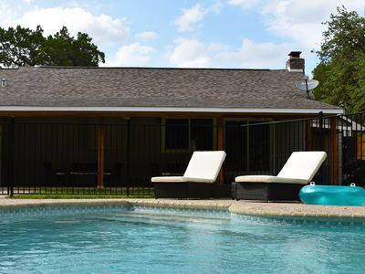 Photo for Relaxing Retreat Near the Best of Gruene and New Braunfels