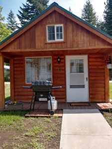 Photo for A charming cabin close to Glacier National Park, Flathead Lake, and ski resorts.