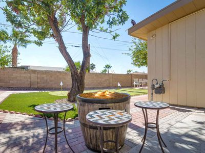 Photo for Amelia- Old Town Scottsdale home w/ pool table, putting green, spa, and fire pit
