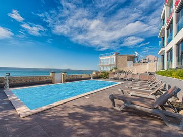 Luxurious apartments directly by the sea - Unit 2549901