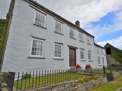 Photo for 9 bedroom House in Hay-on-Wye - 73069