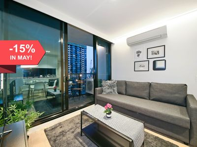 Photo for 2BR LightHouse Suites in Melbourne CBD