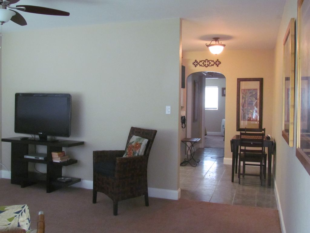 Property Image#7 Butterfly Garden Cozy Cottage   Winter Park / Orlando.  Parks,