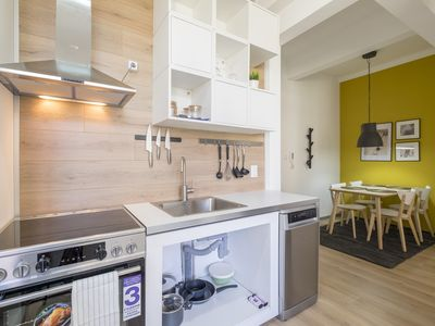 Photo for blueWave.place - Contemporary Home in Center of Sofia