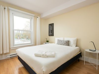 5 BR With Natural Lightning Steps Away From McGill