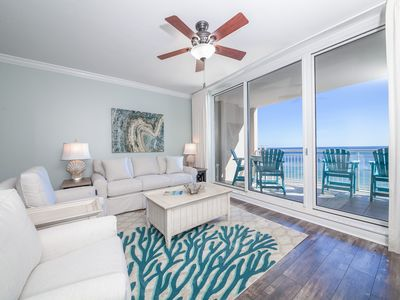 Photo for Comfortable beachfront unit, Beach setup included, Quick walk to dining