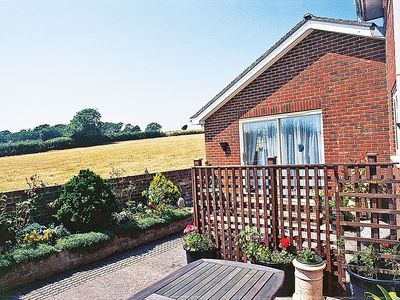 Photo for 1 bedroom property in Shanklin. Pet friendly.