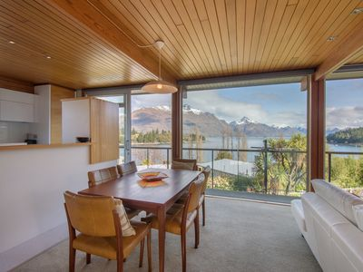 Photo for Central Queenstown, glorious views, walk to town