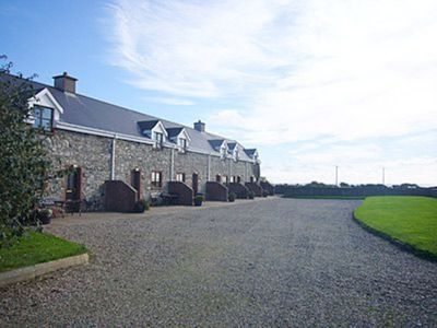 Photo for 1 bedroom property in Kilmore Quay. Pet friendly.