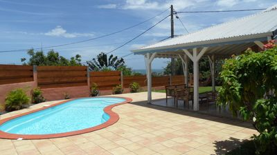 Photo for Comfortable villa, pool, sea view