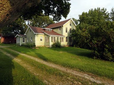 Photo for Farmhouse near Cedar Point , Lake Erie, Oberlin College, Wineries, Cleveland,