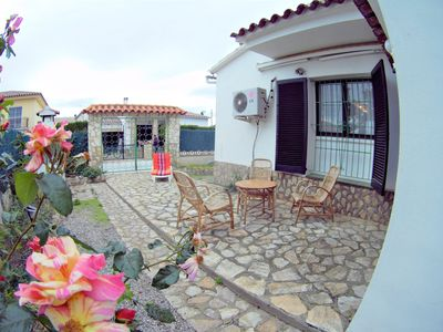 Photo for Villa Flor; LARGE house with TERRACES, BBQ for 6 people, 500m from the beach